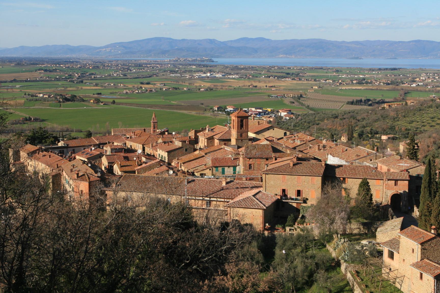 Paciano. #lumbriachenontiaspetti #visitumbria