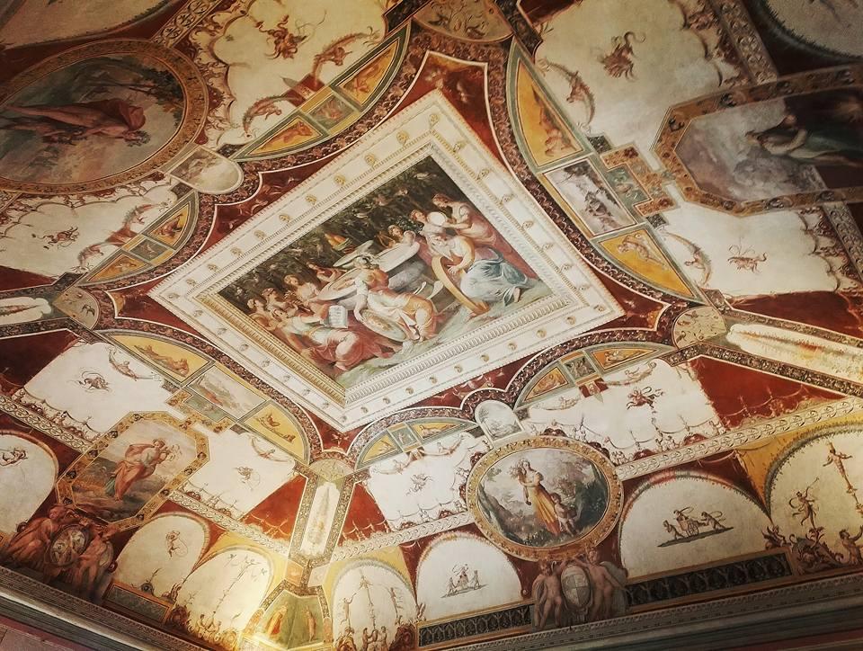 Sala-del-Concerto-di-Palazzo-della-Corgna-a-Città-della-Pieve-Umbria